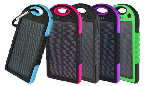 Соларен и електричен полнач (5000mAh) за смарт уреди